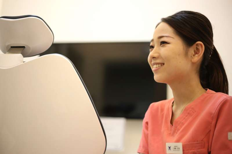 歯科衛生士が教える磨き方歯とブラシの間は斜め45度注目のフッ素入りオーラルケアアイテムも紹介