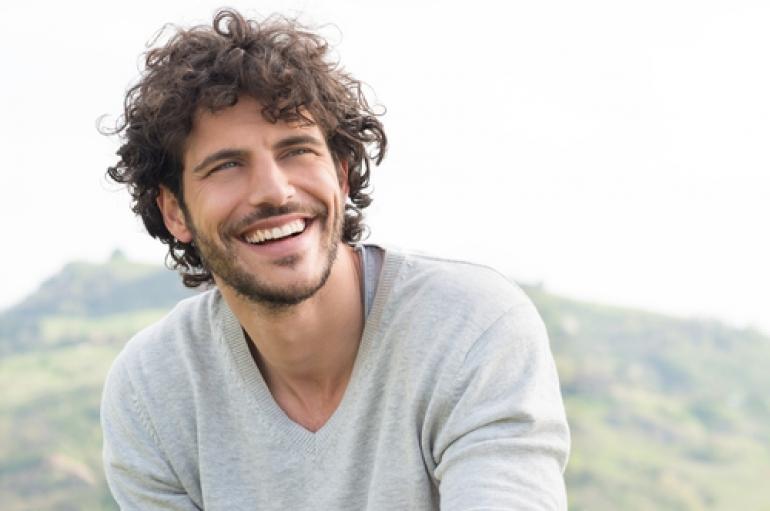 多くの女性が共感! モテる男性の笑顔の作り方はコレだ!|Hanone(ハノネ)~毎日キレイ 歯の本音メディア~